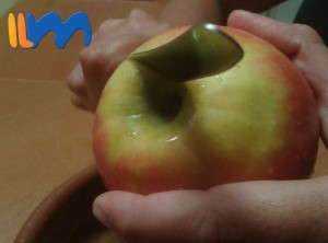 affetta sbuccia la mela